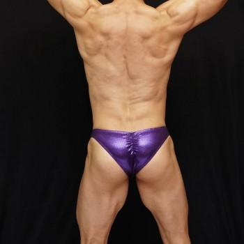 zunga culturismo lentejuela purpura, vista de espalda
