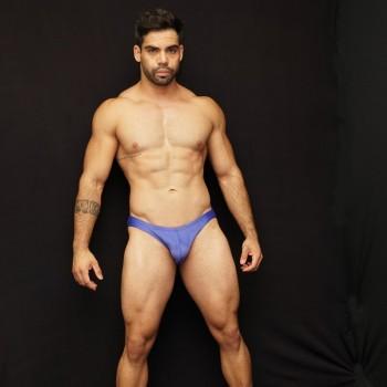 sunga baño hombre color azul suave, vista de frente
